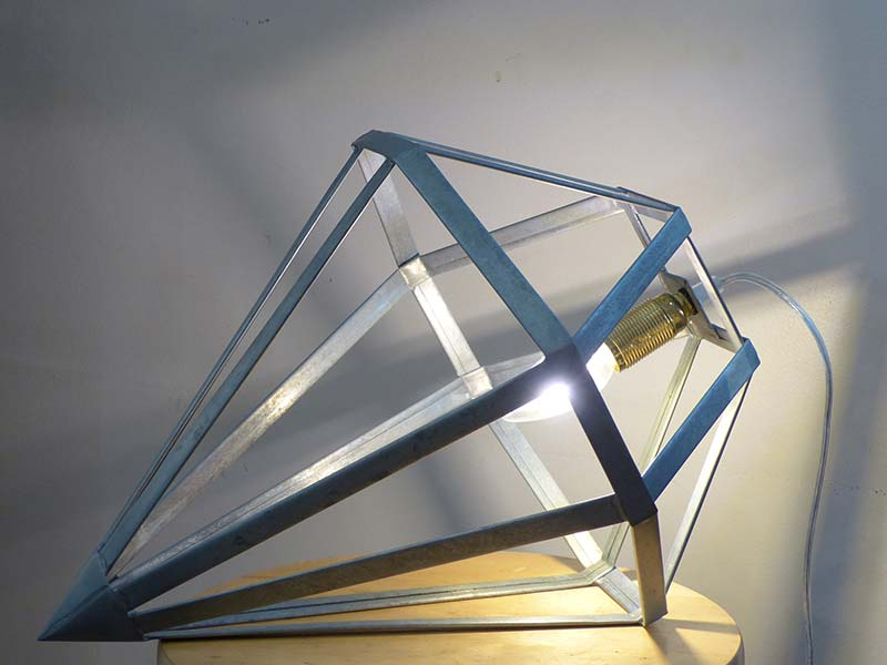 lampe-a-poser-zinc_saphir
