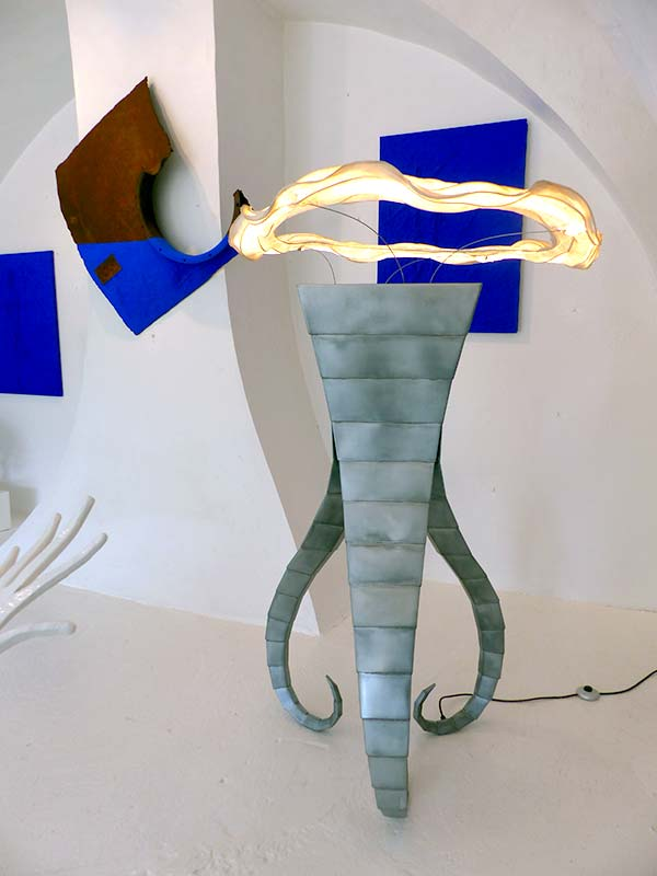 sculpture-luminaire-zinc_scuba