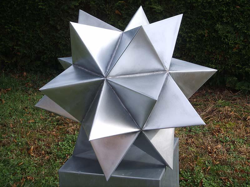 sculpture-zinc_isocaedre